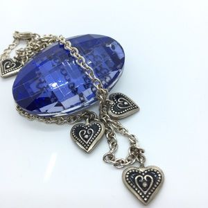 Jewelry - Silvertone Hearts Necklace